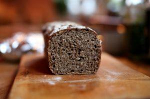 Žitný chléb kynutý přes noc