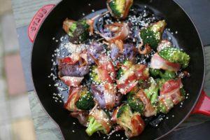 Brokolice v slaninovém kabátku