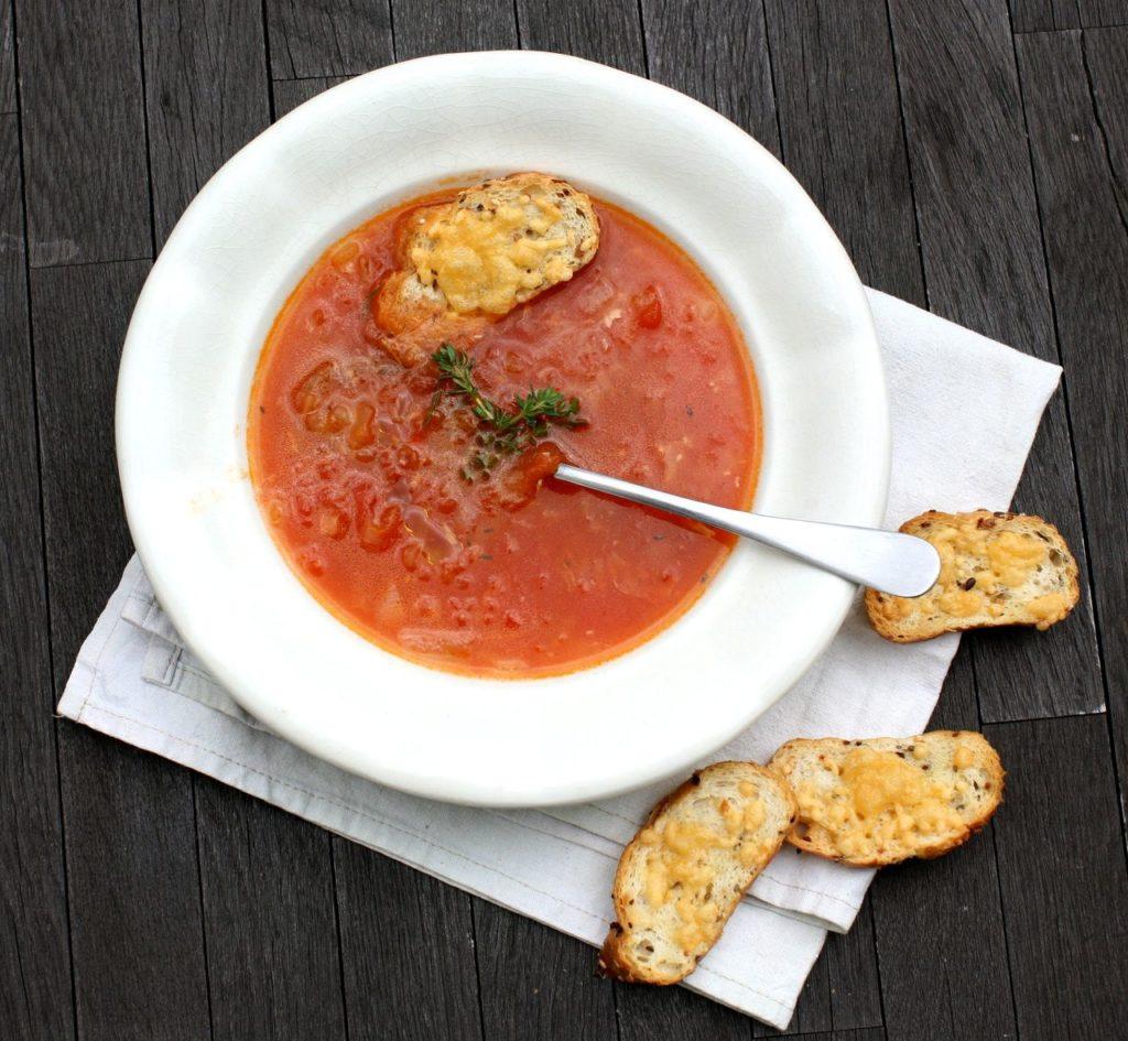 Provensálská rajčatová polévka