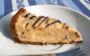 koláč s krémem z arašídového másla