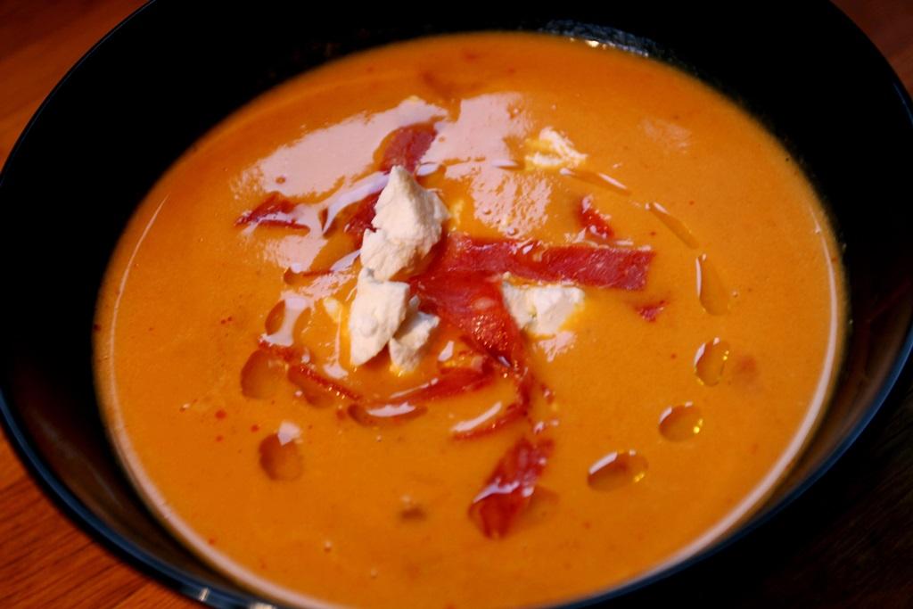 Dýňová polévka s chorizem