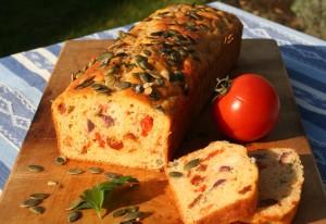Chlebíček se sušenými rajčaty