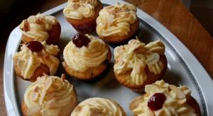 Vanilkové cupcakes s lemon curd