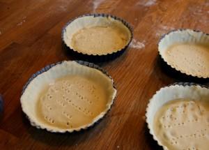 Česnekové koláčky s křupavým kadeřávkem