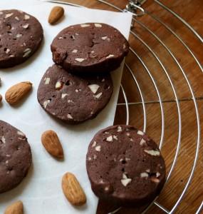 Kakaové sušenky s mandlemi