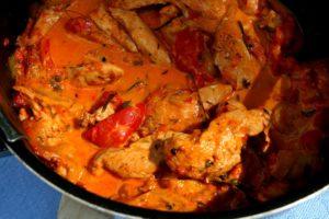 Kuřecí nudličky s paprikovým krémem