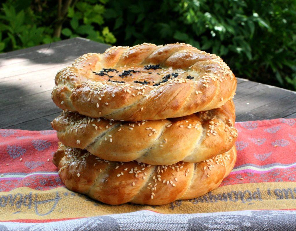 afghánský chléb naan roghani